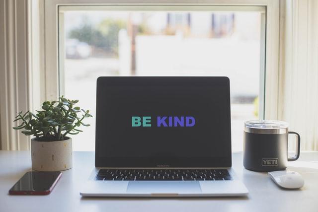 "management bienveillant ""be kind"" ""soyez bienveillants"""